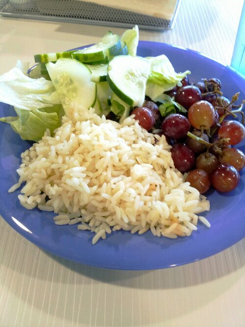 My Lunch With the Dietitian (Day 2 at School) (2/5)