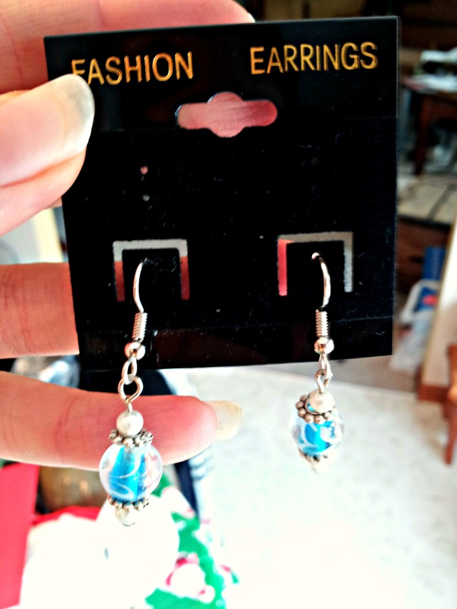 Christmas-Friends-Earrings