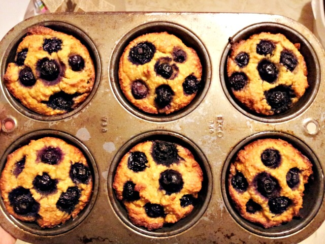muffins-blueberry-full-done