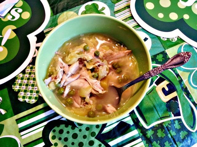 Wiaw-zucchini-pea-soup[2]