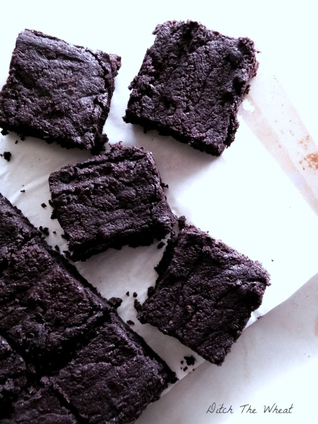 together-tuesdays-Coconut-Flour-Fudgy-Dark-Chocolate-Brownies-DSCN9390