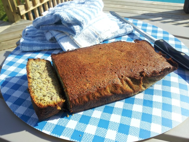 Lemon Poppy Seed Bread (Grain-Free)