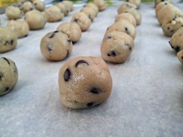cake-dough-balls