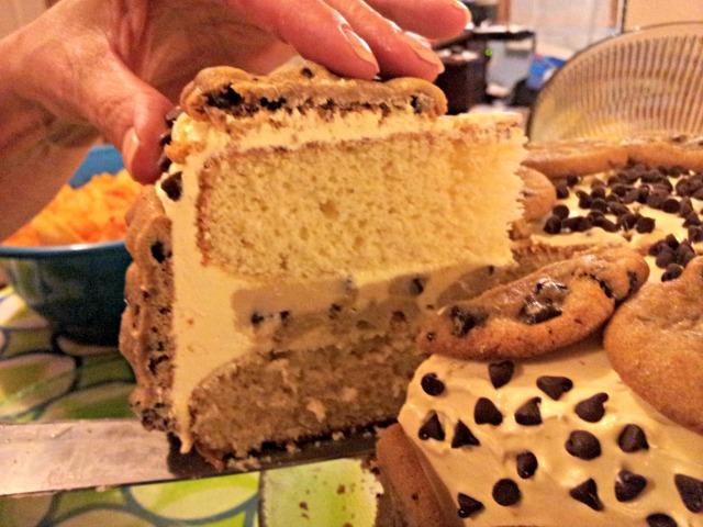wiaw-bday-cake-sliced