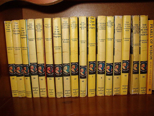 mcquirky-nancy-drew-books