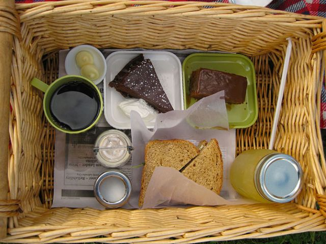 wiaw-cf-picnic