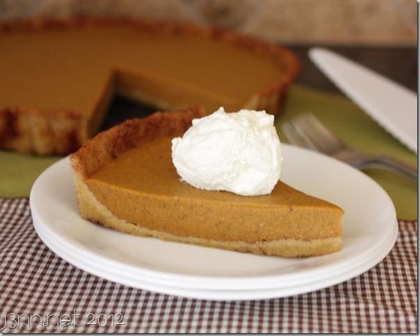 wiaw-thanksgiving-pumpkinpie