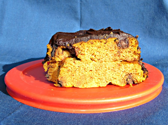 pumpkin-chocolate-cake-slice
